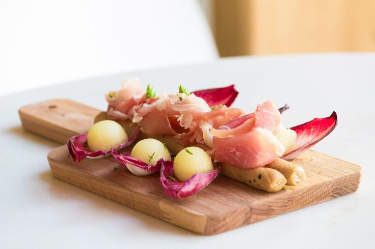 Mediterranean and regional flavours in the Eastern Algarve, served at Orangea Bistro, OZADI TAVIRA HOTEL. (©all rights reserved)