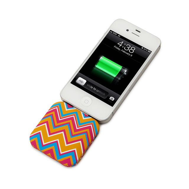 PORTABLE IPHONE CHARGER. #iPhone accessories #iPhone chargers