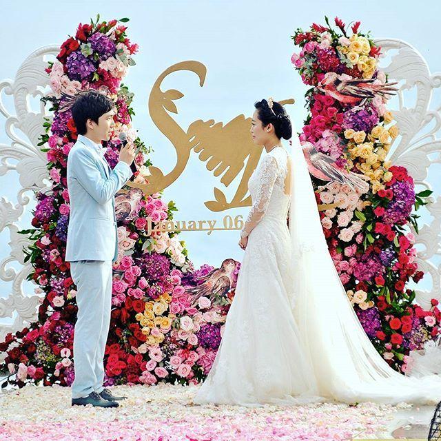 : ©YIW Photography * #bali #balitravel #baliwedding #baliweddingphotographer #baliweddingphotography #baliphotographer #brides #bridesmaid #couple #conceptual #decoration #elegant #flowers #glamour #grooms #groomsmen  #indonesia #indonesianwedding  #jakartawedding #love #photographer #photography  #photoshoot #prewedding #weddings #weddingceremony #weddingorganizer #weddingplaner #weddingvenue  #weddingworld #evedeso #eventdesignsource - posted by Yoyok Imam Wijaya…