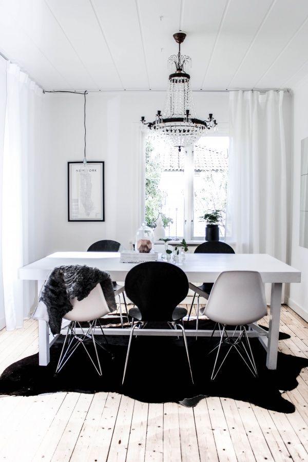 dining room decor ideas, interior design, dining rooms, dining room decor, dining room inspiration, home decor ideas for more inspirations: http://www.bocadolobo.com/en/inspiration-and-ideas/.