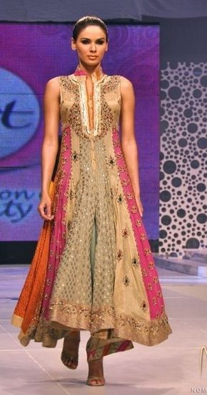 Multilayered anarkali