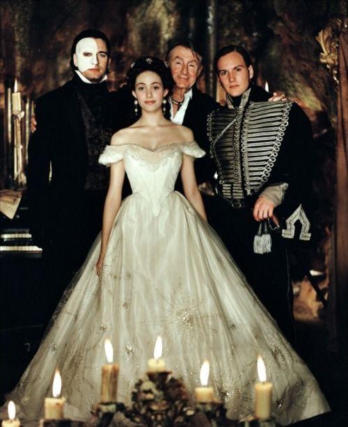 Gerard Butler, Emmy Rossum, Joel Schumacher and Patrick Wilson on-set of The Phantom of the Opera (2004)
