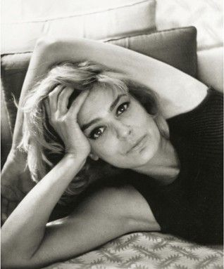 Biography Melina Mercouri - Author (Collective Work), Publisher Melina mercouri Foundation, Benaki Museum. ISBN 978-960-476-151-7, Book dimensions 24 Χ 29, Number of pages 352, Number of photos 229, Published in 2014, Language Greek
