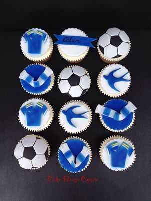 #Cardiff City #football themed cupcakes