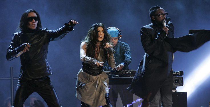 """""""Südafrika begrüßt die Fußballwelt"""" - TV-Tipp - Am Vorabend des Eröffnungsspiels der Fußball-WM veranstaltet die FIFA ein Konzert mit den Black Eyed Peas, Shakira und Alicia Keys. ZDFneo überträgt es heute live."""