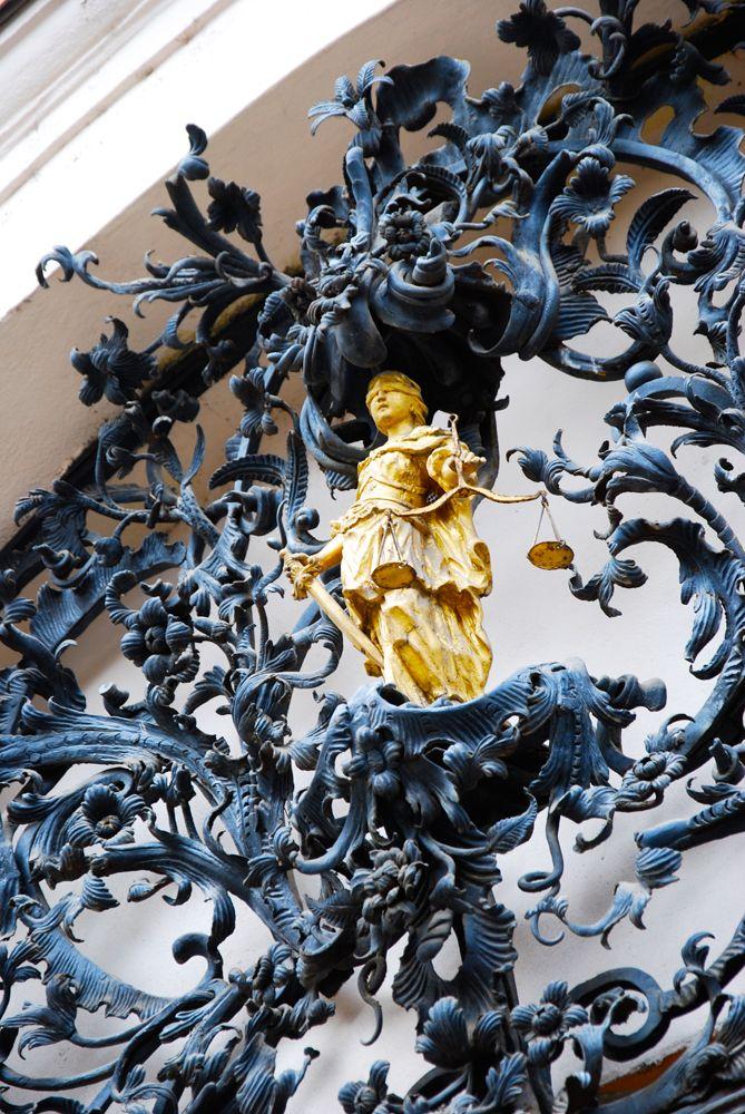 Fazola díszkapu részlet a Megyeházán - Eger - Hungary Ornamental wrought iron gates of the County Hall