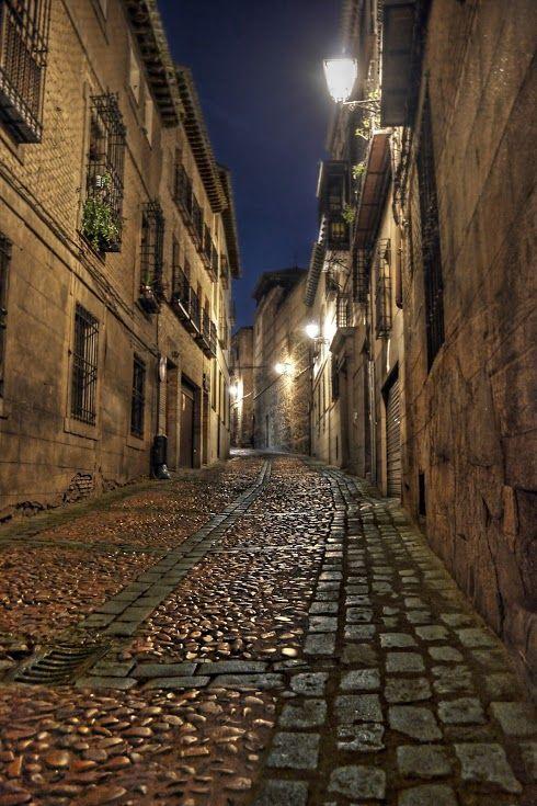 街全体が博物館!中世から歩みを止めたスペインの古都『トレド