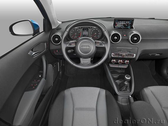 Интерьер хэтчбека Ауди А1 Спортбэк 2015 / Audi A1 Sportback 2015