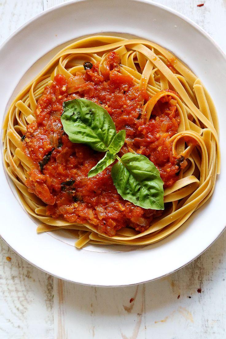 Best 25 Arrabiata Sauce Ideas On Pinterest Pasta Arrabiata Recipe Arrabiata Sauce Recipes And Spaghetti Arrabbiata Recipes