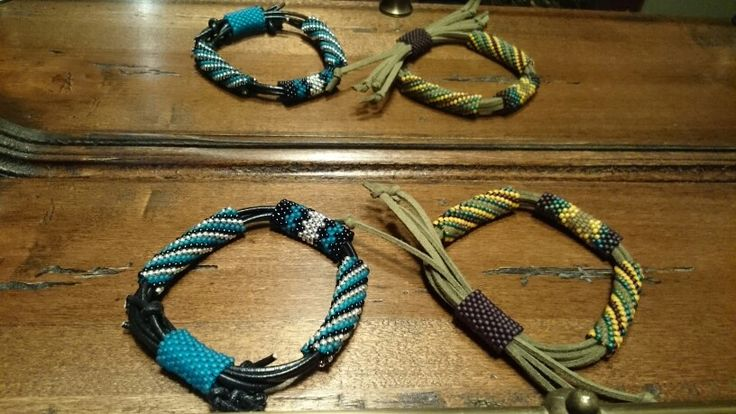 Bracelets with toho beads, leather or suede cord