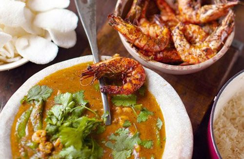 thai red prawn curry (this dish is an absolute mind blower. Cook it once and you'll fall in love forever)