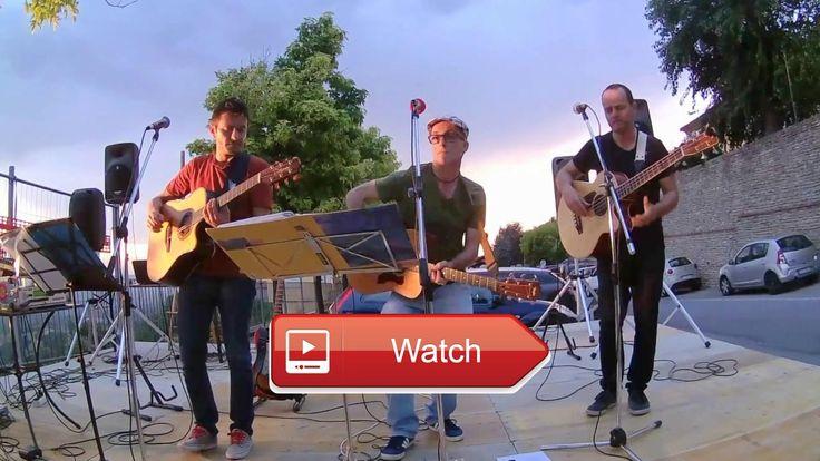 Come together Beatles cover  The Hollywood Party Acoustic Trio Live ad Albaretto della Torre CN luglio 17