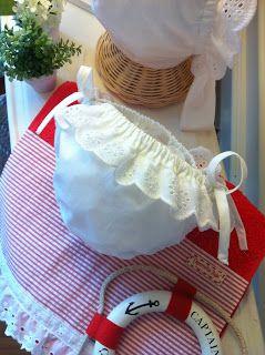 """Caperucita Roja: Braguita-bañador """"White for Ibiza"""""""