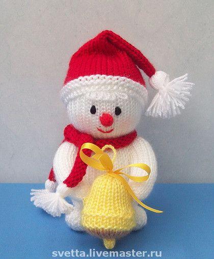 """""""Muñeco de nieve con campana"""" de punto juguete - regalo de Año Nuevo, de punto, juguete"""