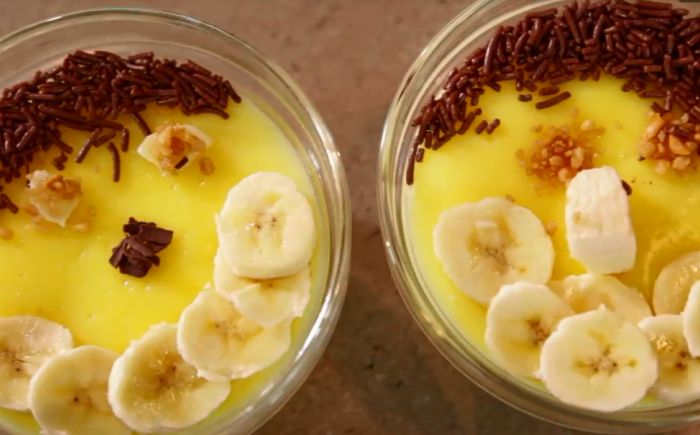 Vanillepudding met bresilienne en banaan