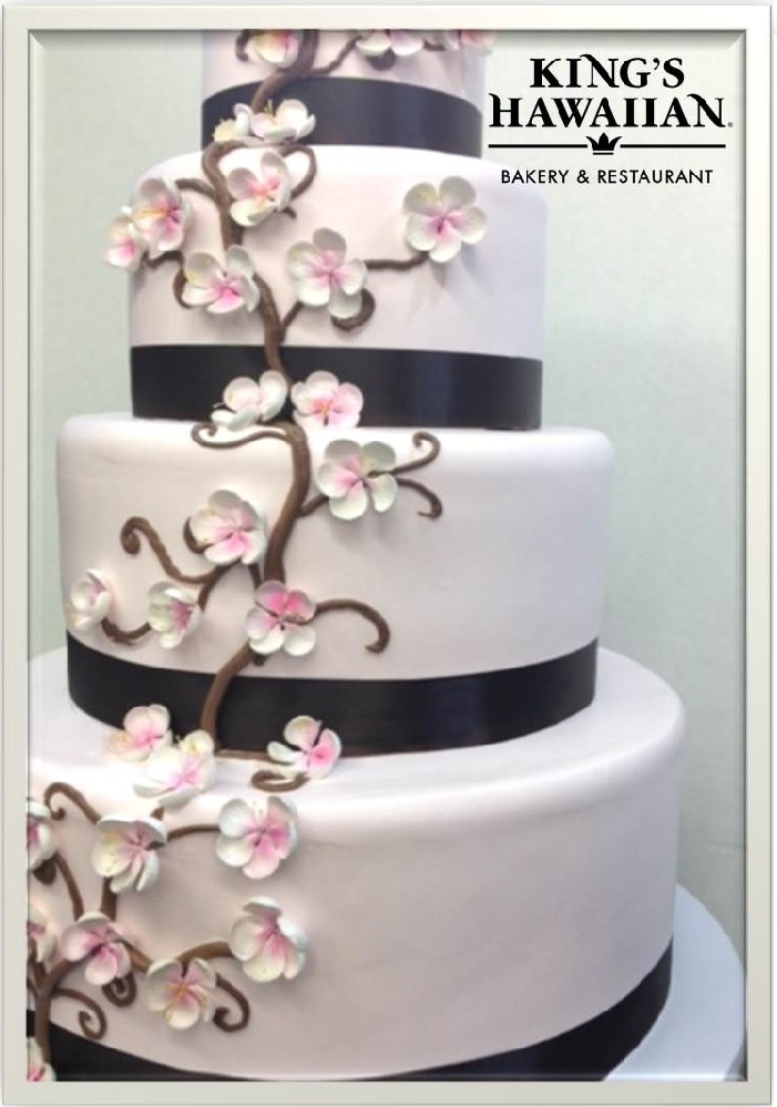 King S Hawaiian Wedding Cake Pink Flowers