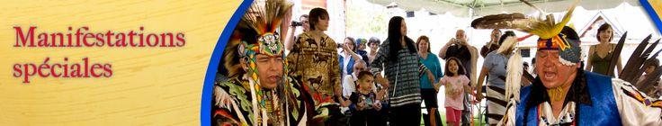 Sainte-Marie-au-Pays-des-Hurons.  Batteurs de tambours autochtones lors de la fin de semaine du Festival autochtone  16164, route 12 est Midland, Ontario L4R 4K8