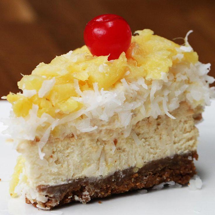 Pastel de queso sabor piña colada Pina Colada Cake, Flan Cake, Tres Leches Cake, Cake Videos, Sweet Bread, No Bake Cake, Cheesecake, Deserts, Food And Drink