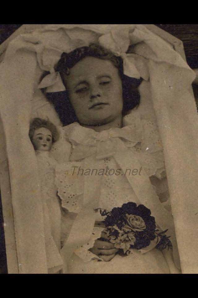 2870 best memento mori    images on pinterest memento
