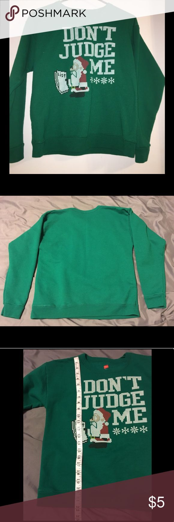 Hanes Kids Unisex Christmas Sweatshirt Size 12/14 Pre-owned. No rips, tears, or stains.   50% Cotton, 50% Polyester. Machine wash cold. Shirts & Tops Sweatshirts & Hoodies