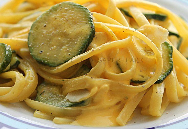 Pasta zucchine e crema allo zafferano  il mio saper fare