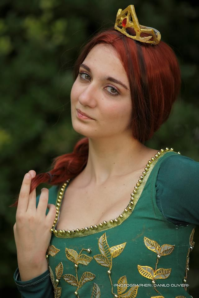17 best images about princess fiona costume on pinterest - Princesse fiona ...