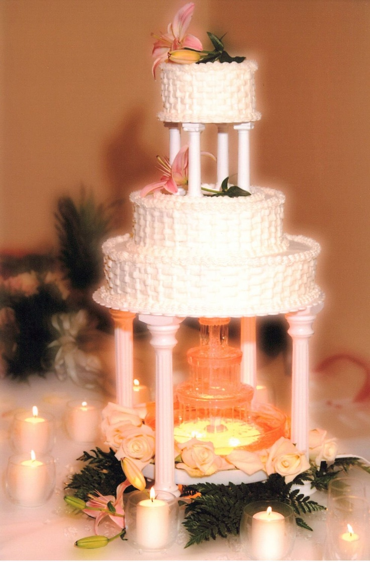 wedding cakes with fountain 17 best ideas about wedding cakes on 26024