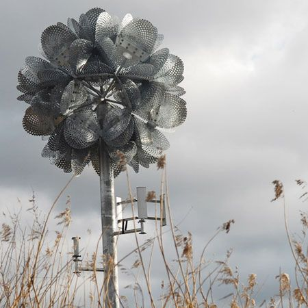 fleur géante par Tonkin Liu