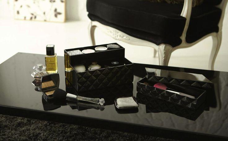 Zwarte make-up doos: handig en prachtig!