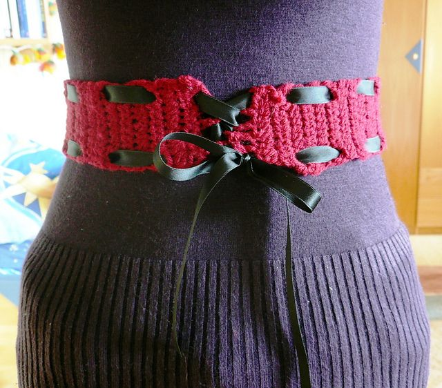Crochet Hair Ribbon Pattern : 1000+ images about Crochet Belts on Pinterest Crochet flowers, Blue ...