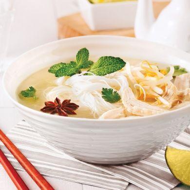 Soupe vietnamienne au poulet et vermicelles de riz - Recettes - Cuisine et nutrition - Pratico Pratique