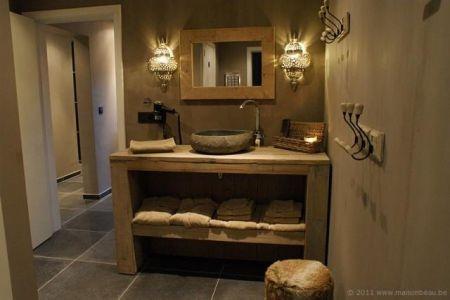 Hoe steigerhout een warme uitstraling kan geven aan je badkamer mijn droom badkamer - Rustieke badkamer meubels ...