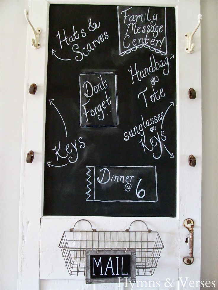 Turn an Old Screen Door into a Family Message Center | Hymns and Verses