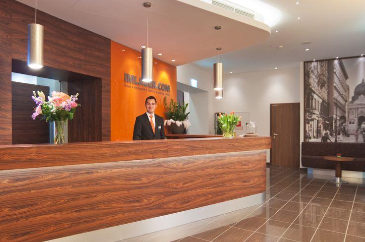 Freundlicher Empfang im Hotel IMLAUER & Nestroy in Wien