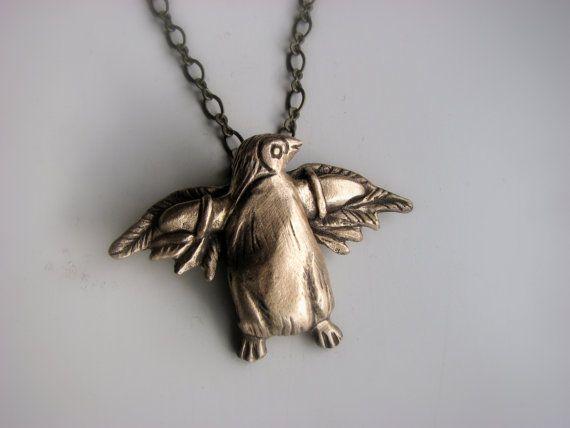 Penguin necklace take flight