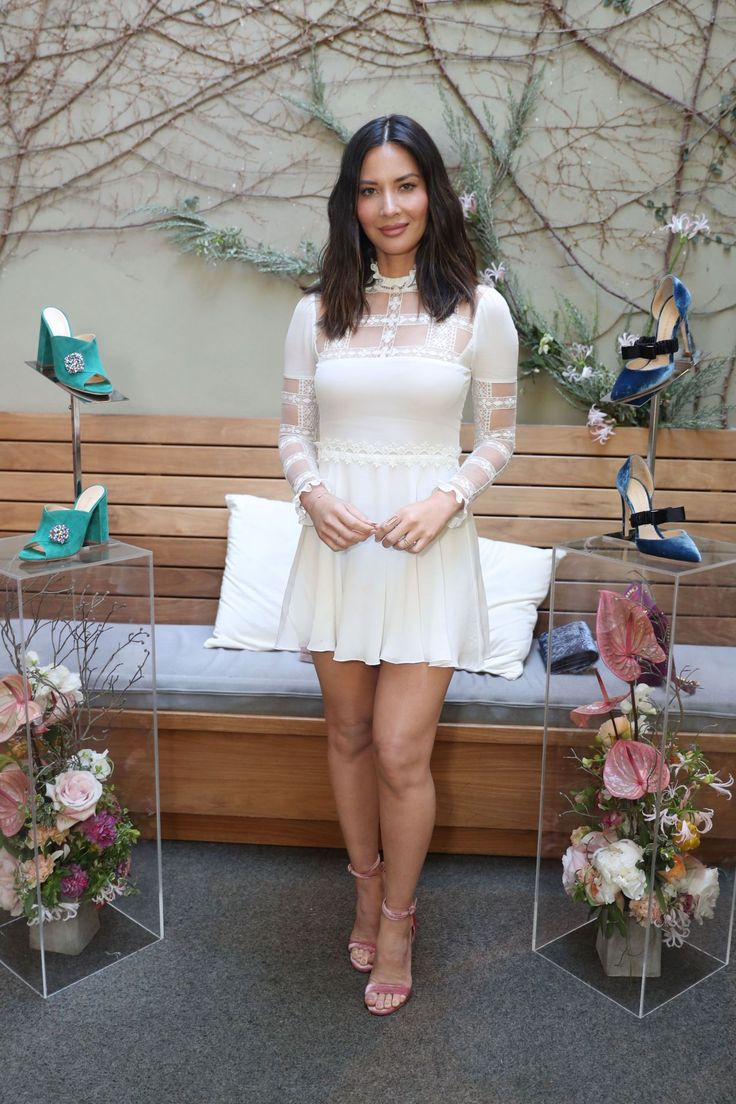 olivia-munn-women-with-sole-luncheon-in-los-angeles-6.jpg 1.280×1.920 píxeles