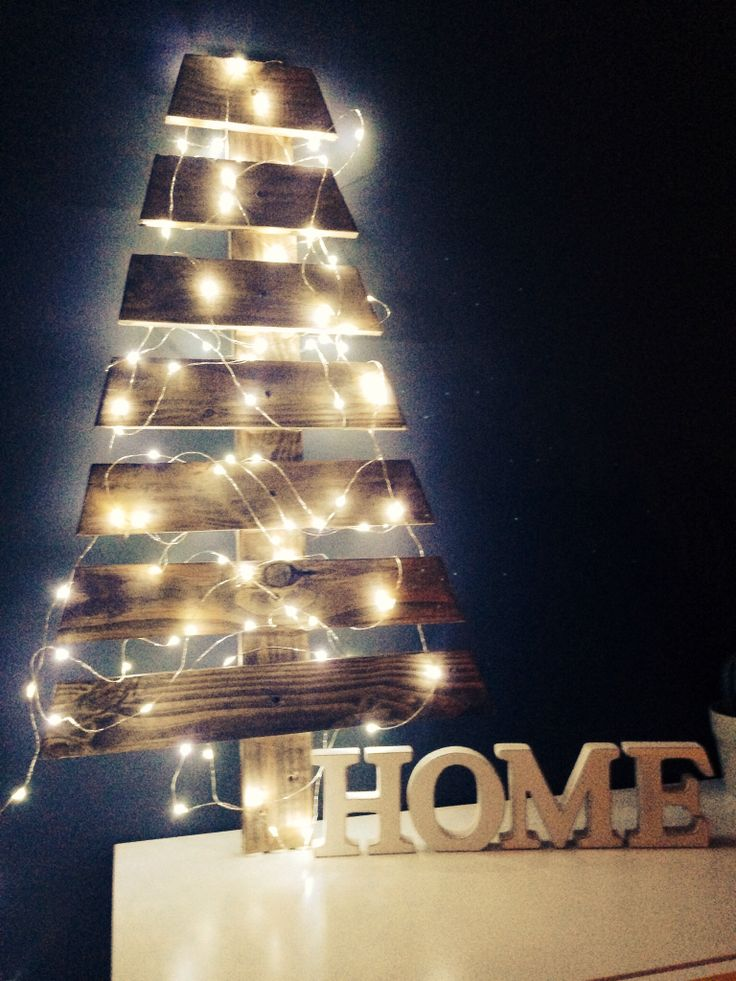 Christmas Tree made with pallet