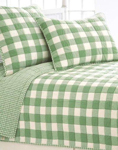 Summer green bed linen. Fresh and crisp ginghams.