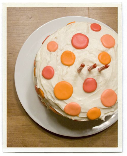 Love this Polka Dot Cake - the instructions are here: http://inchmark.squarespace.com/inchmark/2009/1/28/making-a-dot-cake.html