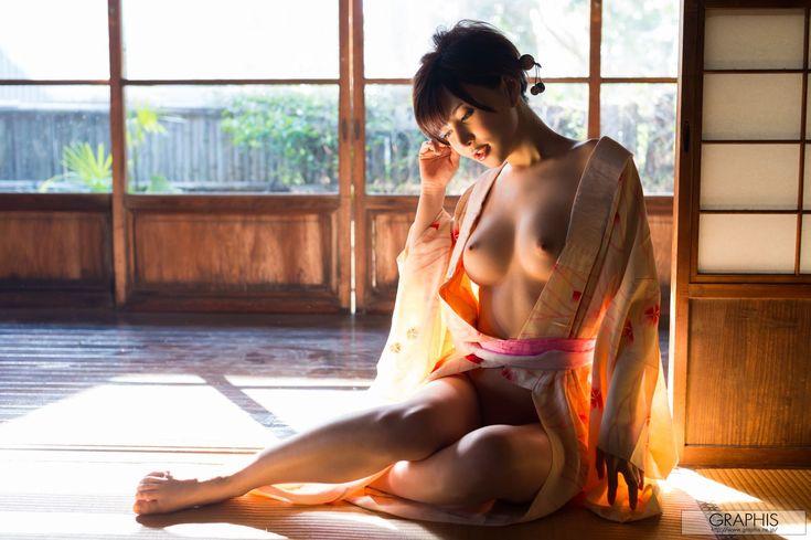 yuria-satomi-nude-kimono-graphis-07.jpg (1600×1065)