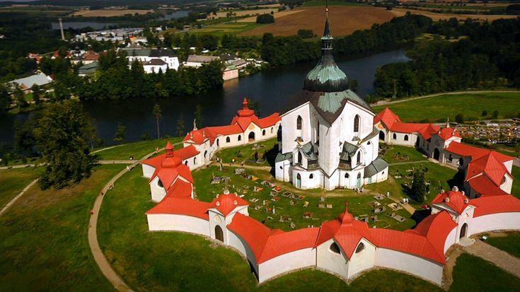 Národní klenoty: Kostel sv. Jana Nepomuckého na Zelené hoře - tajemství jazyka — Česká televize