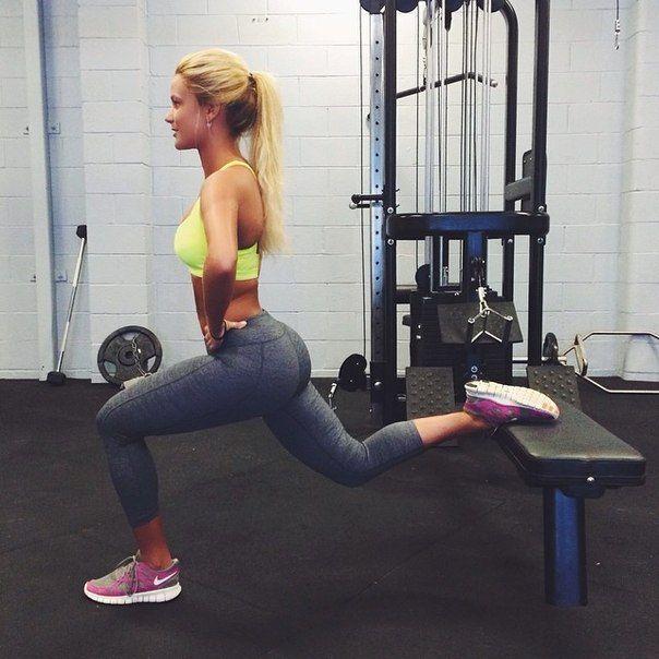 Прекрасная и спортивная Karina Irby