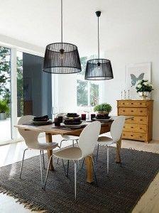 Esempio di doppia sospensione per il tavolo da pranzo: elegante e semplice