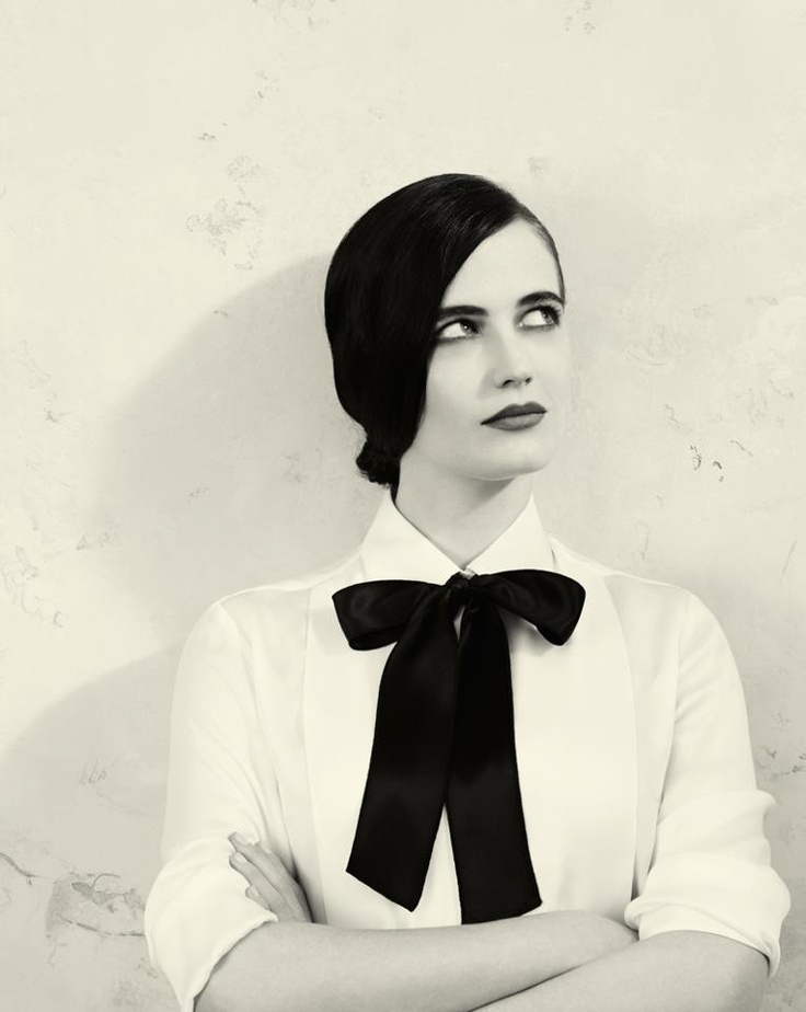 Eva Green. Cindy. outfit option 3