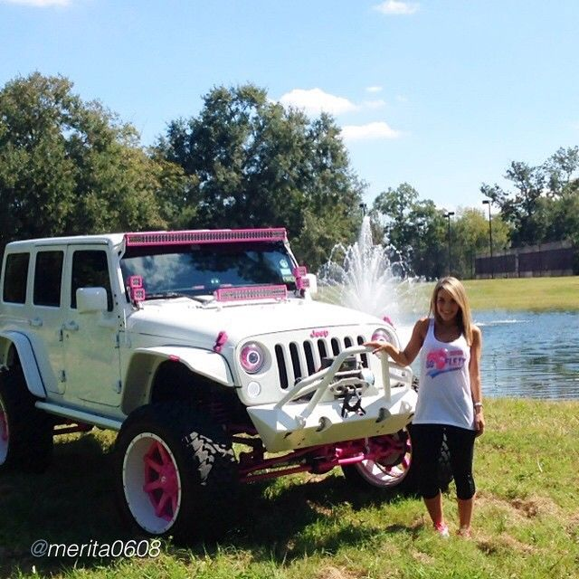 White Jeep Pink Accents I Love It