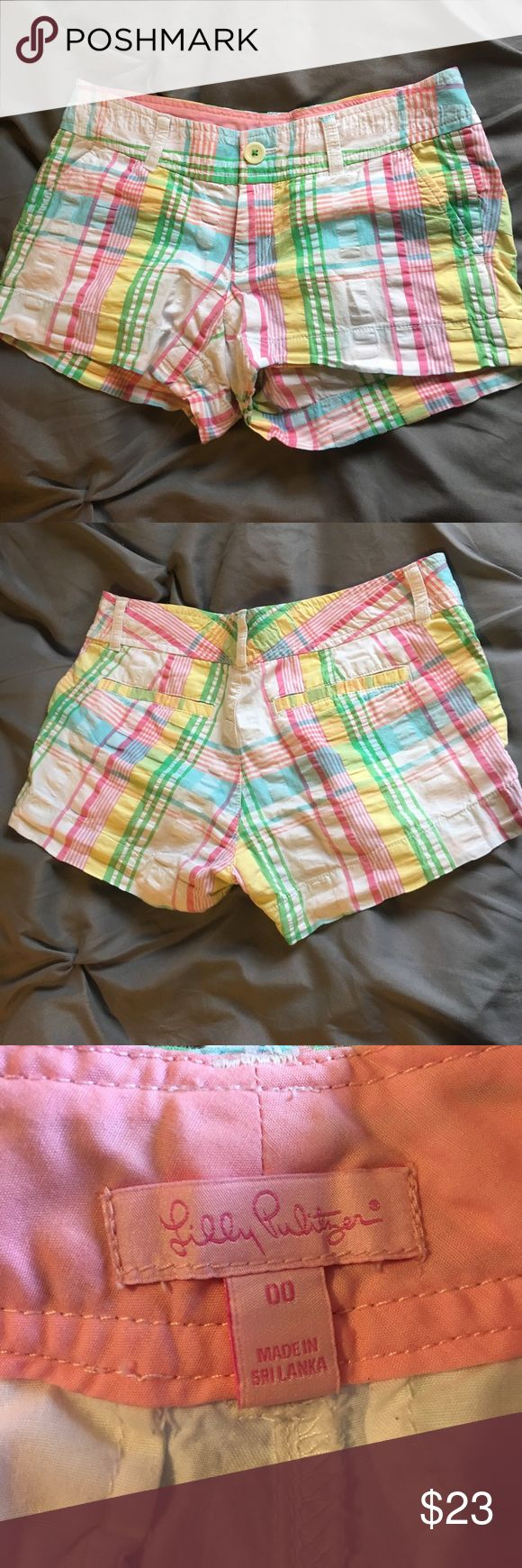 Spring Plaid Lilly Pulitzer 00 Shorts Adorable spring colors Plaid shorts by Lilly Pulitzer! Worn and washed on only a couple of occasions and are still in great condition! Tag Size:  00 Brand: Lilly Pulitzer Feel free to ask any questions or make offers! I love building discounted bundles and usually ship same or next business day! #askanyquestions #makeanoffer #bundleandsave #mydressformsnameisTallulah #lillypulitzershorts #lillyshorts Lilly Pulitzer Shorts