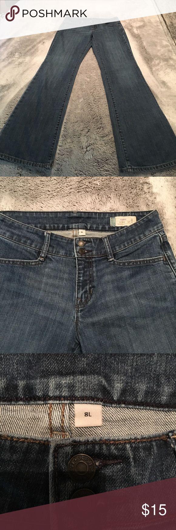 Gap Curvy Jeans 8L EUC No signs of wear at all. Size 8 long Gap Curvy jeans. GAP Jeans Flare & Wide Leg