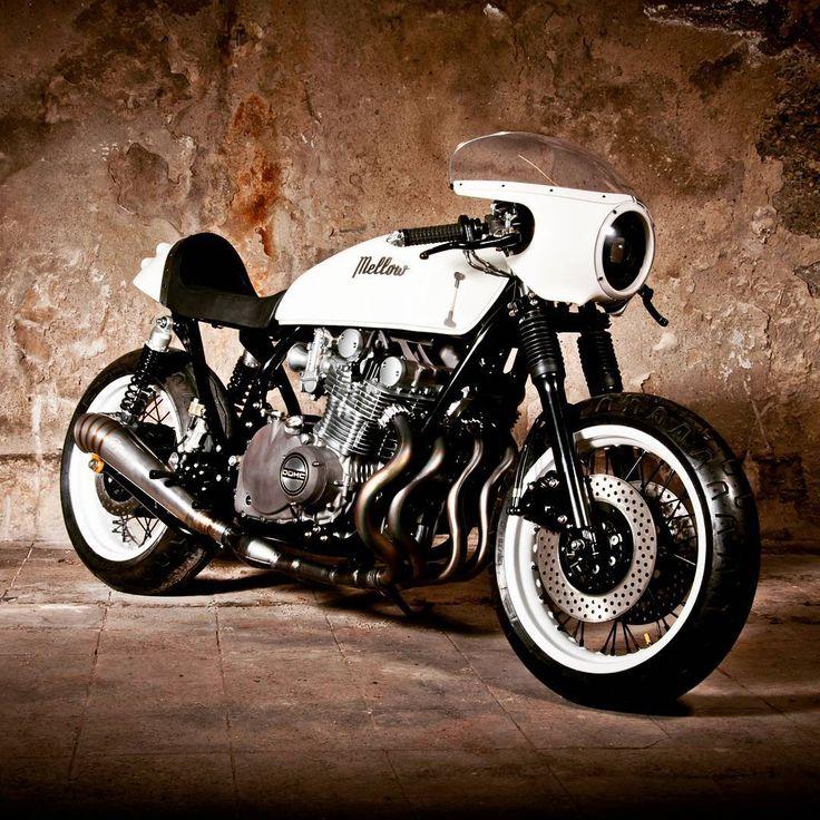 51 vind-ik-leuks, 2 reacties - CafeRaceros (@caferaceros) op Instagram: 'Suzuki GS1000 Cafe Racer por Mellow Motorcycles'