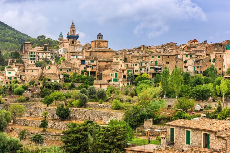 Valldemossa sur l'île de Majorque : Les plus beaux villages d'Europe - Linternaute