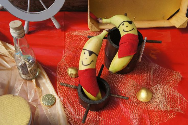 Piraten party pirate party banana pirates food design for Dekoration essen